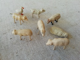 Lot De Petits Animaux Anciens En Terre Cuite, Cochons, Brebis, Oie Miniatures, Jouets De La Ferme - Populaire Kunst