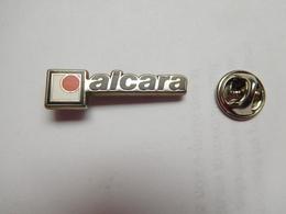 Beau Pin's En Zamac , Alcara , Fabricant Pin's - Badges