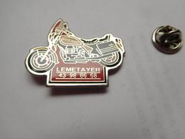 Beau Pin's , Moto Guzzi , Lemetayer , QUELAINES SAINT GAULT , Mayenne - Motorbikes