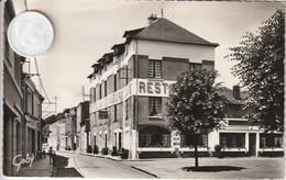 44 - Carte Postale Semi Moderne De   CHAMPTOCEAUX  Hotel Des Voyageurs - France