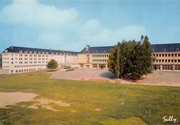 USSEL - Le Lycée - Photo Sully, Bort - Ussel