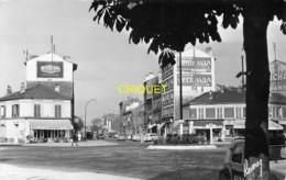 94 Ivry, Place Gambetta Et Boulevard Carnot, Café La Rotonde...., Visuel Pas Courant - Ivry Sur Seine