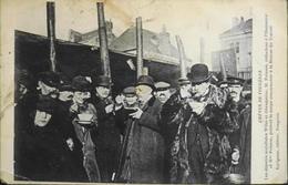 C.P.A. - France > Evénements > Grèves Hiver 1906-1907 : Grande Grève Dans L'industrie De La Chaussure à Fougères - BE - Grèves