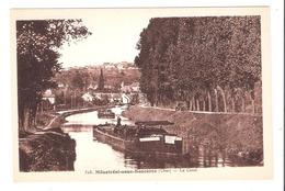 Péniches à Ménetréol Sous Sancerre (18 - Cher) Le Canal - Houseboats