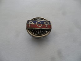 """(Sport, Association, Vélo Ou Auto ??? - Insigne De Revers...type Sabot)  -  """" A.C.P. Dans Roue à Rayons """".....voir Scans - Cyclisme"""