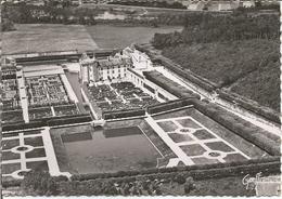 VILLANDRY. Vue Aérienne - Le Château Et Ses Jardins.  (scan Verso) - France