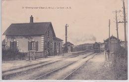 37 - CIVRAY DE TOURAINE - LIGNE TOURS VIERZON- GARE DE CIVRAY SUR CHER - Gares - Avec Trains