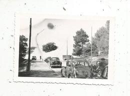 Photographie ,automobiles ,90 X 60 , Camions , Voitures Simca 8 Et Ford Vedette - Automobiles