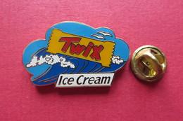 Pin's,TWIX - Trademarks