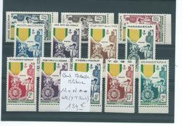 Colonies Françaises : Série Complète Centenaire Médaille Militaire Neuve **, Bonne Cote - Collections (without Album)