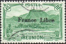 Réunion Obl. N° 194 - Vue -> Salazie, Mare Aux Poules D'eau Et Piton D'Auchain 45 Cts Vert Surchargé France Libre - Reunion Island (1852-1975)