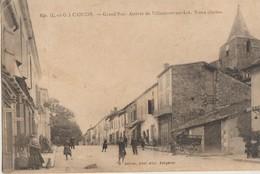 Cancon  47  La Grand'Rue Tres Animée_Arrivée De Villeneuve Sur Lot -LeVieux Clocher -Coiffeur Epicerie-Café - France
