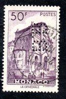 MONACO -- Timbre Perforé Perfin -- B B  15-15 -- 50F. Violet La Cathédrale - Errors And Oddities