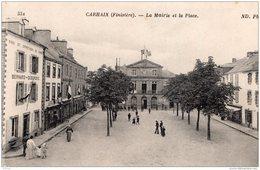 CARHAIX LA MAIRIE ET LA PLACE 1919 TBE - Carhaix-Plouguer