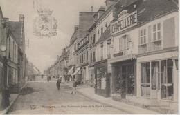 CPA Mamers - Rue Nationale Prise De La Place Carnot (animation, Magasins, Chapellerie) - Mamers