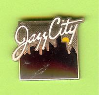 Pin's Jazz City - 6GG17 - Música