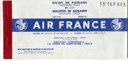 BILLET AIR FRANCE AVIATION AVION Ticket 1960 8 Pages Fort De France Pointe à Pitre - Titres De Transport