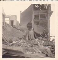 Foto Zerstörtes Haus - Ruine - 2. WK - 5,5*5,5cm  (42530) - Krieg, Militär