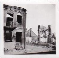 Foto Ausgebranntes Haus - Ruinen - 2. WK - 5,5*5,5cm  (42536) - Krieg, Militär