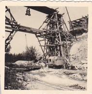 Foto Brückenbau - Baustelle Einer Brücke - Holzgerüst - 2. WK - 5,5*5,5cm  (42537) - Krieg, Militär