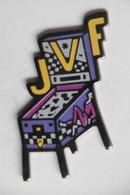 Pin's - JVF JEUX VIDEO FLIPPER Site à MARNAZ 74 HAUTE-SAVOIE - Games