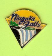 Pin's Niagara Falls - 7GG16 - Badges