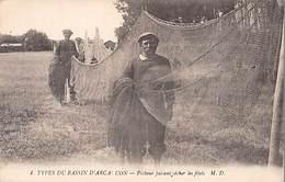 TYPES DU BASSIN D'ARCACHON - Pêcheur Faisant Sécher Les Filets - Très Bon état - France