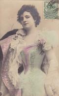 1903 CPA. FEMME EN VETEMENT DE GALA, OPERA. COLORISE, FANCY. CIRCULEE URUGUAY- BLEUP - Femmes