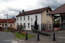 Beaumenil (88)- Mairie (Edition à Tirage Limité) - Other Municipalities