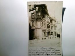 Zürich. Alte AK S/w. Unbekannte Straße Mit Gebäudeansichten Und Bäckerei, Gel. 1920 - Ohne Zuordnung