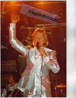 PHOTO - CLAUDE FRANCOIS CHANTEUR - 2 Photos Originales Prises à L'occasion D'un Concert Entre 1970 Et 1977 - 9cm Sur 13 - Personalidades Famosas