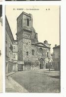 Gard , Nismes , La Cathédrale - Nîmes