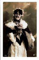 CPA - Carte Postale-Belgique -Jeune Femme Avec Un Panier En Osier VM4638 - Femmes