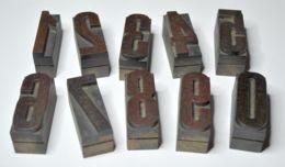 01 - VECCHI CARATTERI TIPOGRAFICI IN LEGNO - LOTTO DI 10 NUMERI - CORPO Mm.  45 NORMALE - Tools