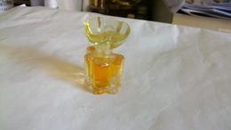 "Miniature De Parfum  Oscar De La Renta   "" Femme   "" Eau De Parfum - Modern Miniatures (from 1961)"