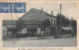 Carrefour Du Boulevard Pommery Et L'Avenue De La Suippes - Reims