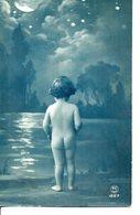 VRAIE Photo Bleue : Petit Enfant Tout Nu . Phases De La Lune ... - Portraits