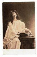 CPA - Carte Postale-Belgique - Jeune Femme Assise Et Levant Les Yeux 1906  VM4651 - Femmes