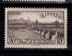 YV 450 N** Lyon - Nuovi