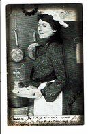 CPA - Carte Postale-Belgique -Jeune Cuisinière Présentant Une Assiette Garnie 1904  VM4653 - Femmes