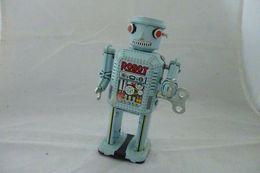 ROBOT LATTA MOVIMENTO A FRIZIONE VINTAGE K2 - Giocattoli Antichi