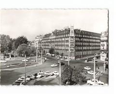 21 Dijon La Place Darcy Et Hotel De La Cloche Vieille Voiture Auto Citroen DS CPSM GF Edit Estel N°6626 Photo - Dijon