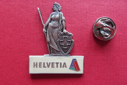 Pin's,Assurance,HELVETIA,Suisse,limité, 3D - Trademarks