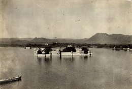 INDE INDIA PALACE RAJAH UDAIPUR NEW PALACE LAKE +- 16* 11CMFonds Victor FORBIN (1864-1947) - Lugares
