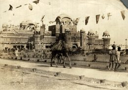 INDE INDIA PALACE UDAIPUR CAMELS  SEE RIGHT CORNER    +- 16* 12CMFonds Victor FORBIN (1864-1947) - Lugares