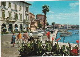 Porec: ZASTAVA 600, LADA 1200, RENAULT 4, MERCEDES W111  - Hotel 'Jadran' - (YU.) - Toerisme
