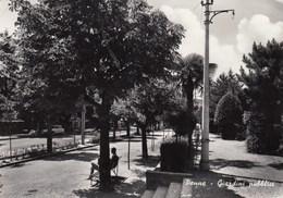 PENNE-PESCARA-GIARDINI PUBBLICI-CARTOLINA VERA FOTOGRAFIA VIAGGIATA IL 14-1-1969 - Pescara