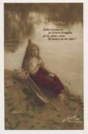 AK32 Glamour - Lady By A Lake - Women