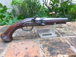 """Beau Pistolet D'arçon Vers 1750 - Signé """" ISAYE DIEBAVT A SEDAN """" - Armas De Colección"""