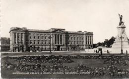BUCKINGHAM PALACE-QUEEN VICTORIA MEMORIAL-LONDON-VIAGGIATA-REAL PHOTO - Buckingham Palace